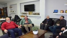 AK Partide ziyaretler sürüyor