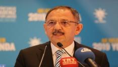 Bakan Özhaseki: Sakal uzatıp DEAŞcı, kestirip PYDli oluyorlar