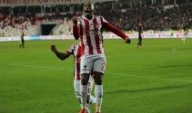 Robinho: 'Attığım gollerle özgüvenim geldi'