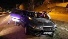 Kaza yapınca aracını bırakıp kaçtı