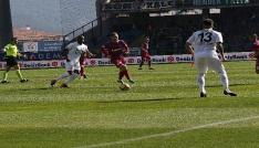 Spor Toto Süper Lig: Kardemir Karabükspor: 0 - Teleset Mobilya Akhisarspor: 1 (İlk Yarı)