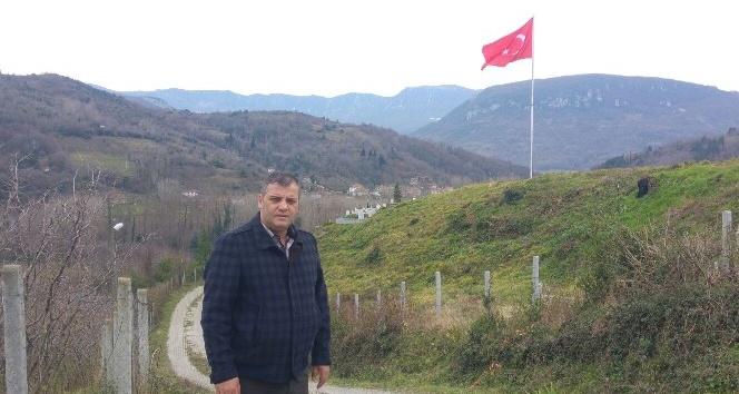 Amasradan Zeytin Dalı operasyonuna dev Türk bayrağı ile destek
