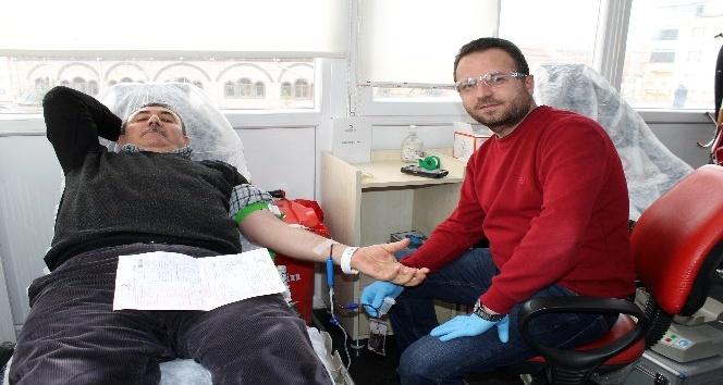Akdağmadeninde kan bağışına yoğun ilgi