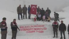 Bin 860 rakımlı Macahel zirvesinden Afrindeki Mehmetçiklere anlamlı mesaj