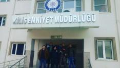 Öğretmen ve öğrenciler Mehmetçiğe destek için Kilise, gitti