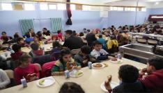 Vali Sonelden 332 öğrenciye kahvaltı desteği