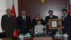Konyada şehit aileleri ve gazilere devlet övünç madalyaları verildi
