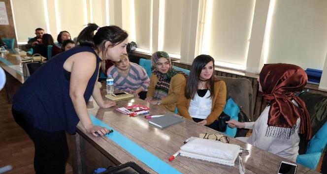 Yozgatta öğretmenlere otizm eğitimi semineri veriliyor