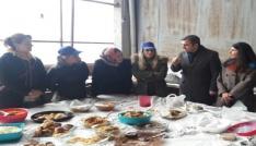 Başkan Cüneyt Yemenici eşi ile kermese katıldı