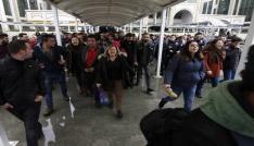 Antalyada izinsiz açıklamaya polis müdahalesi