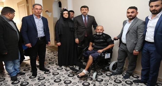 Başkan Ekinci aileleri ziyaret edip sorunlarını dinledi