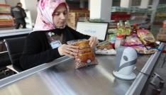 Sosyal Yardımlaşma Marketinden ayda 2 bin 900 kişi yararlanıyor