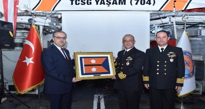 Sahil Güvenlik Akdeniz Bölge Komutanlığında devir teslim töreni