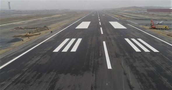 İşte 3. Havalimanının pisti! Yüzde 80'i tamamlandı