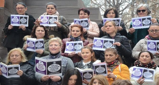 CHPli kadınlardan çocuk istismarına karşı ortak ses
