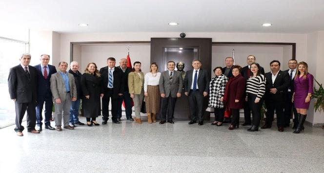Başkan Ataçtan Eskişehir Barosuna ziyaret