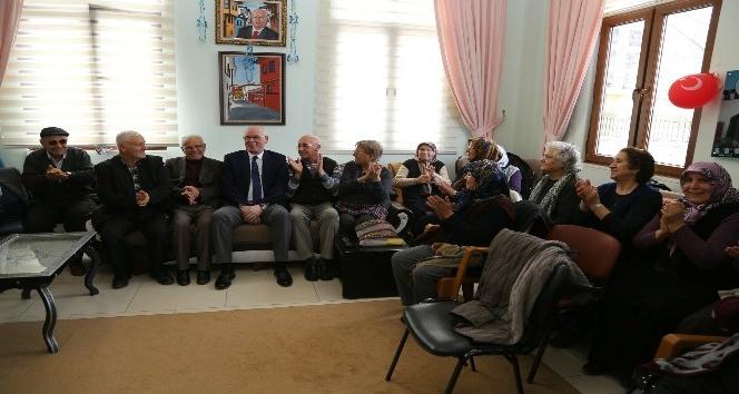 Koca Çınar Yaşam Merkezi 1nci yaşını kutladı