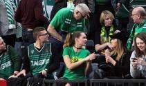 Zalgiris Kaunas taraftarı takımını yalnız bırakmadı