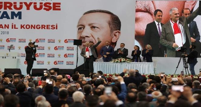 Başbakan Yıldırım: Bu hareketin içine nifak sokmaya çalışanlar Türkiyeye zarar veriyor