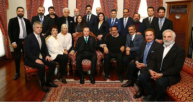 Sanatçılar, Cumhurbaşkanı Erdoğanın doğum gününü kutladı