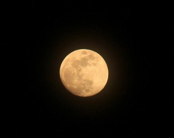 'Süper Ay' görenleri büyüledi