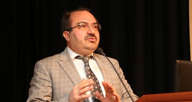 """Prof. Dr. Aslan: """"Üniversiteler fildişi kulelerde oturarak topluma hizmet edemez"""""""