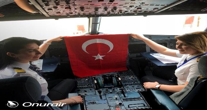 Dünya Kadınlar Günü'nde kadınlardan özel uçuş