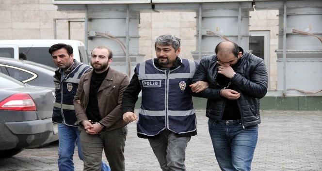 Samsun'da 2 iş yerini soyan hırsızlar yakalandı