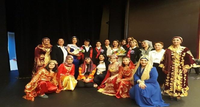 AK Parti Marmaris Kadın Kollarından Kadınlar Günü etkinliği