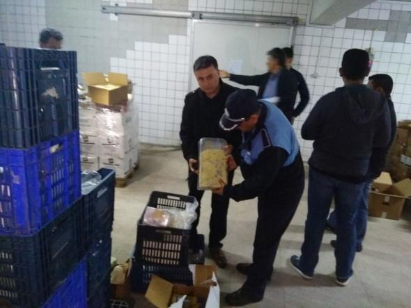 Dev süt ürünleri tesisinde küflü kaşar skandalı