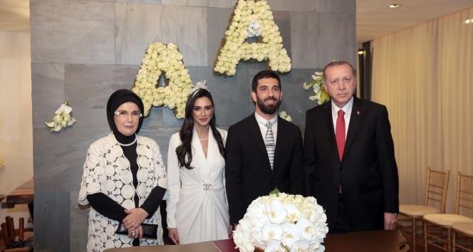 Arda Turan ve Aslıhan Doğan nikahının detayları ortaya çıktı