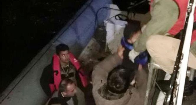 Ölümden dönen bebeğe sahil güvenlik ekipleri süt ve mama verdi