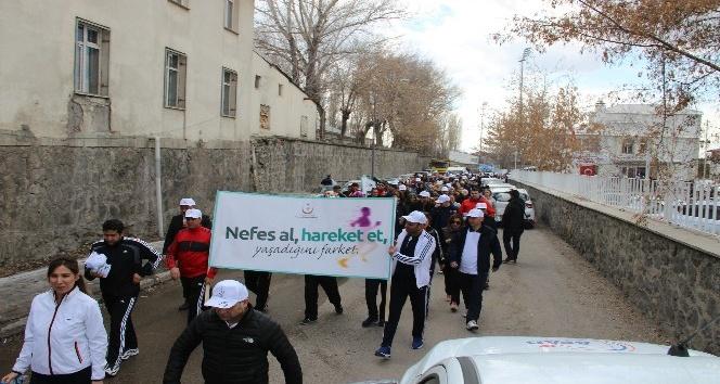 Erzurum'da 'Sağlık İçin Birlikte 10 bin Adım' yürüyüşü