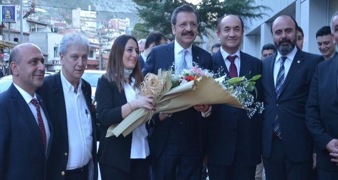 Hisarcıklıoğlu, Afrin kahramanlarını unutmayan Somalılara teşekkür etti