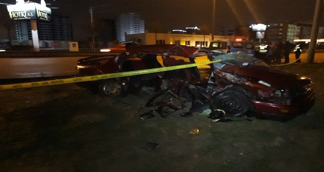 Başkent'te trafik kazası: 2 ölü, 2 yaralı