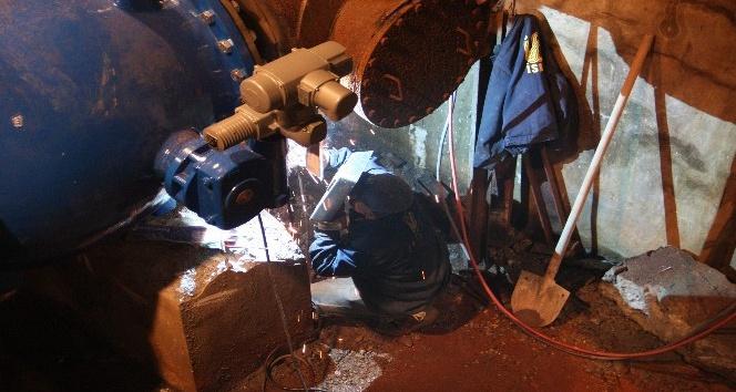 İSKİ'nin içme suyu tesisleri ve hatları yenileme çalışmaları gece de sürdü