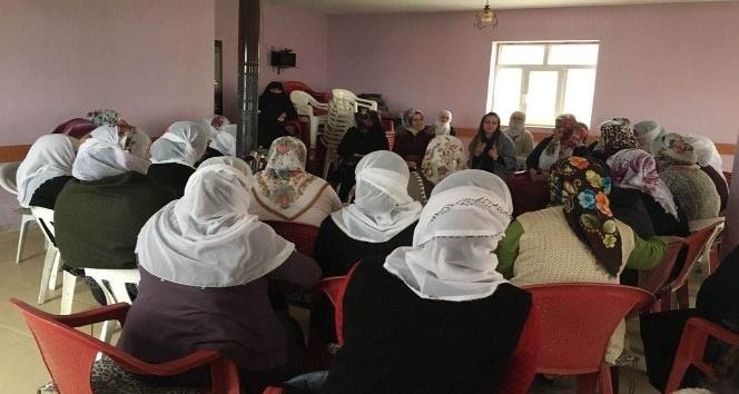 Tatvan'da kadınlara 'Çocuk İhmal ve İstismarı' semineri