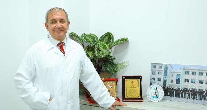 """Prof. Dr. Bulakbaşı:""""İyi bir hekim, öncelikle iyi bir insan olmalıdır"""""""