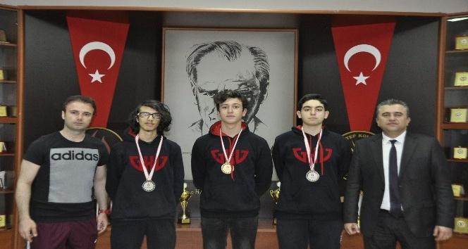 Gaziantep Kolej Vakfı Özel Liseleri Başarıya Doymuyor