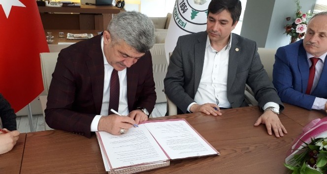 Yığılca Belediyesi'nde sosyal denge sözleşmesi imzalandı
