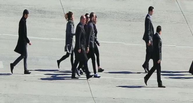 Murat Gezer, nişanlısı Mina Başaranın cenazesi için Atatürk Havalimanında