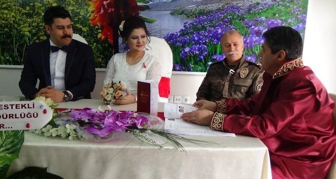 Emniyet Müdürü Dilberoğlu nikah şahitliği yaptı