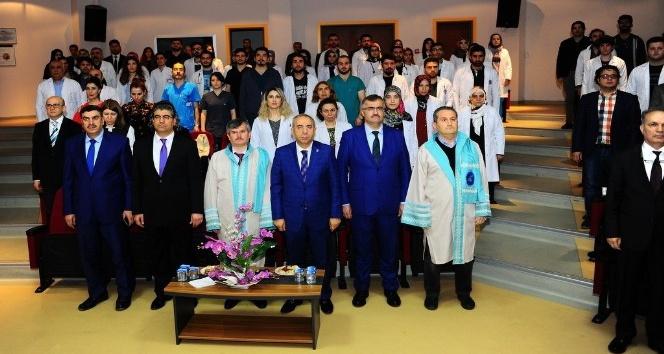 YYÜ'de 14 Mart Tıp Bayramı kutlandı