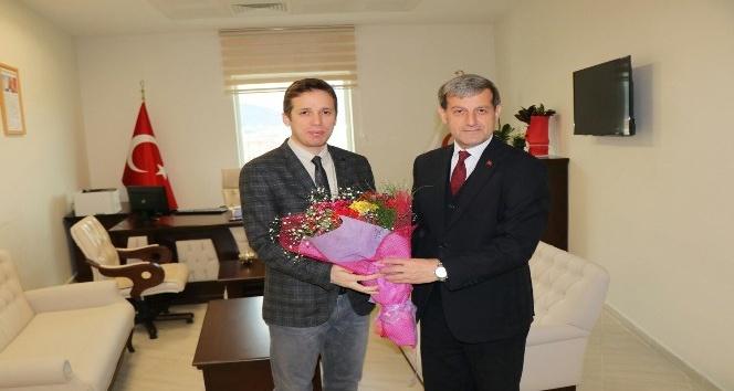 Başkan Özkan, sağlık çalışanlarının bayramını kutladı