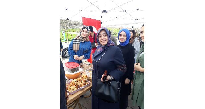 Başkan Dursun Ay'ın eşi Nursel Ay'dan üniversiteli gençlere destek