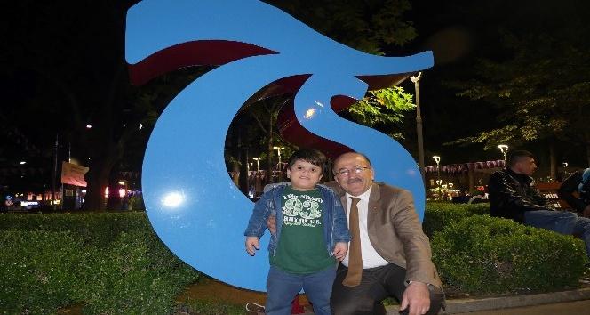 Başkan Gümrükçüoğlu Trabzonspor için çağrıda bulundu