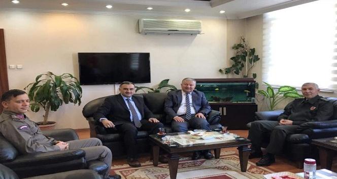 İl Jandarma Komutanı Bekmez, Kaymakam Duru'yu ziyaret etti