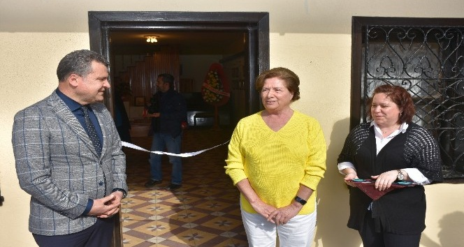 Edremit'te 'Tezhip Sanatı' sergisi açıldı