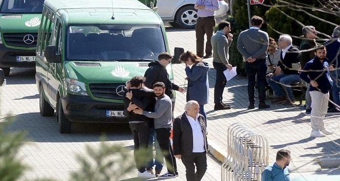 İran'da düşen jette ölen 10 kişinin cenazeleri ailelerine teslim ediliyor