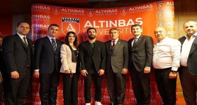 Arda Turan'dan Mehmetçik'e destek